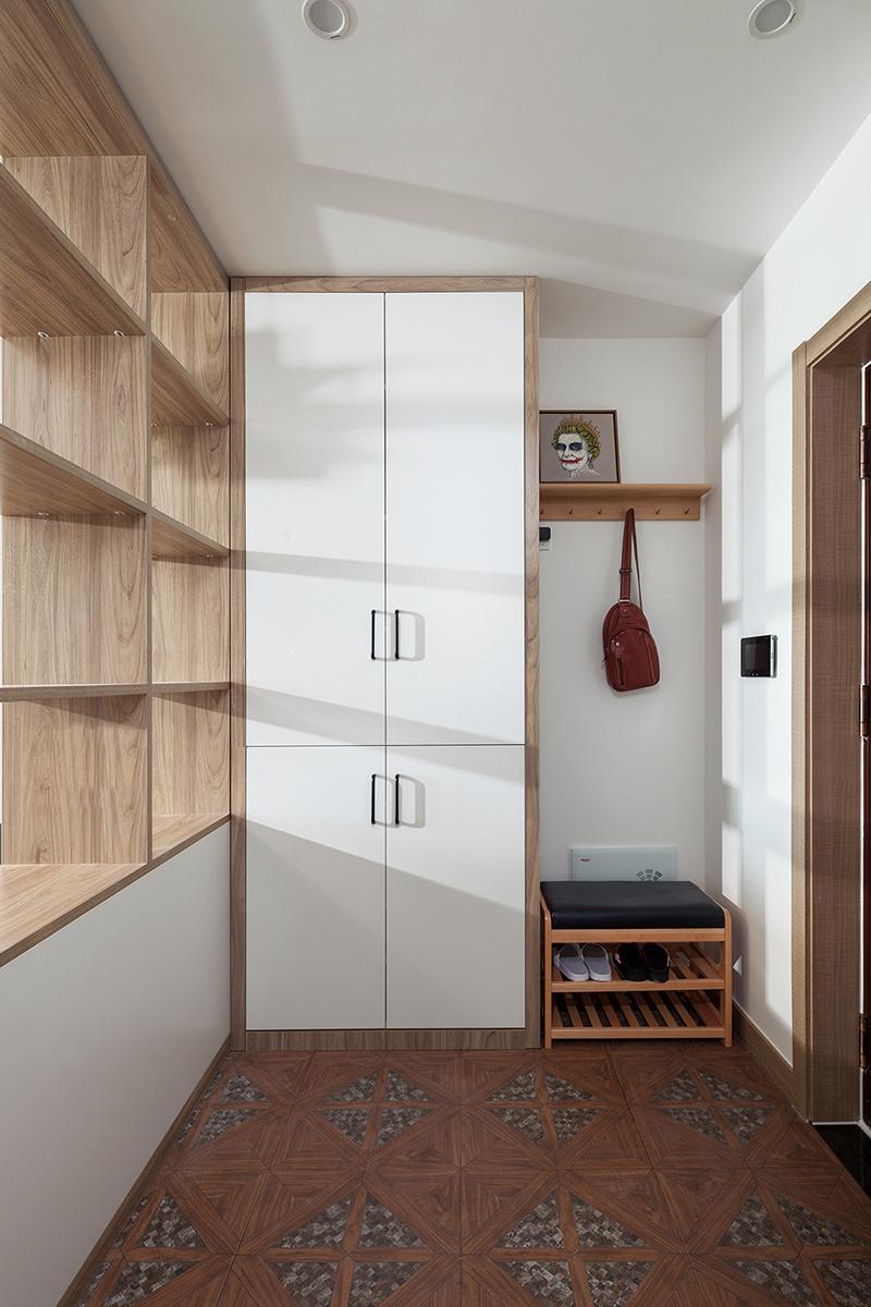 95㎡现代简约风格家居装修,三室改两室,做成开放式工作间,整.