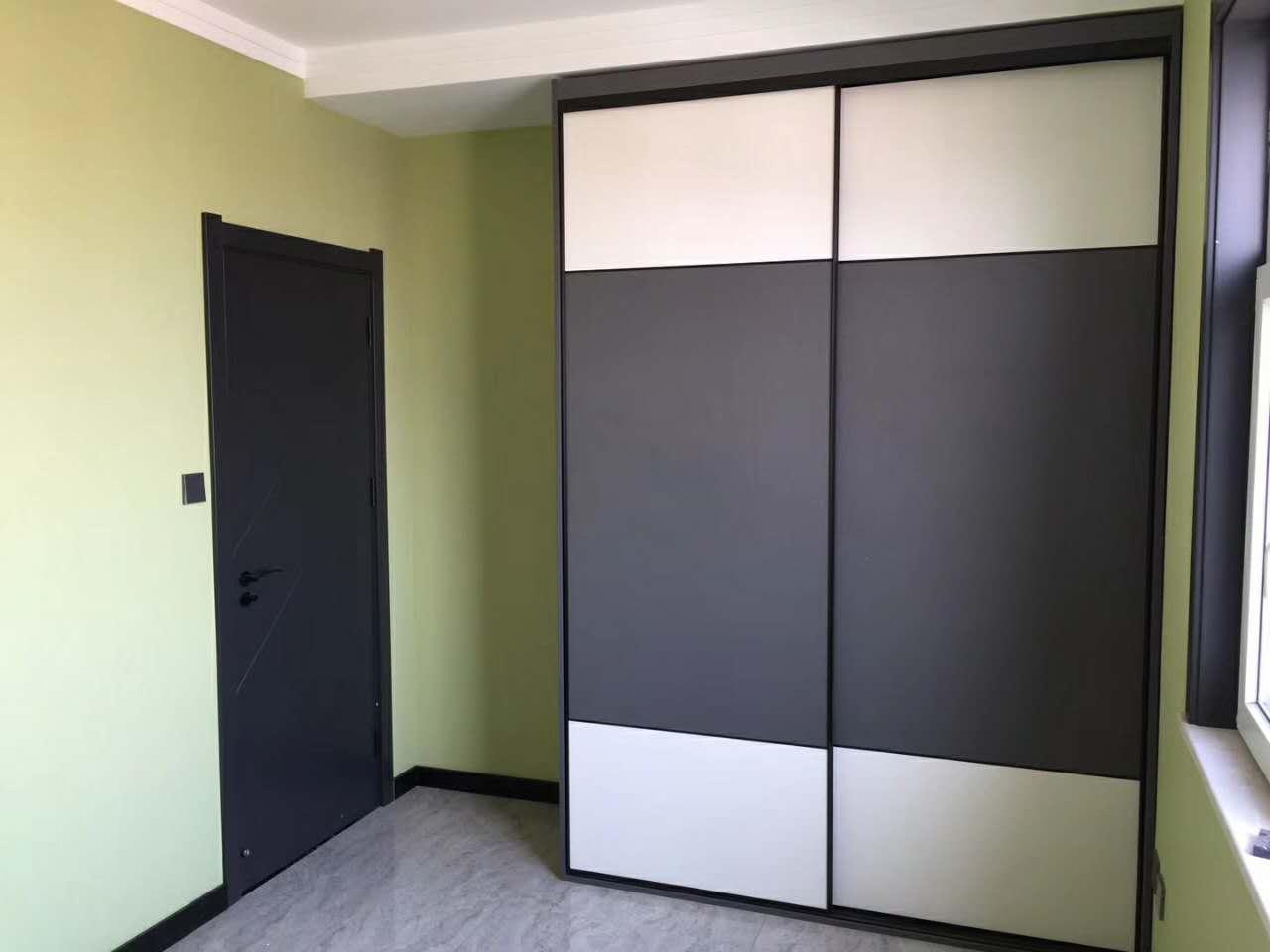 罗兰衣柜·木门