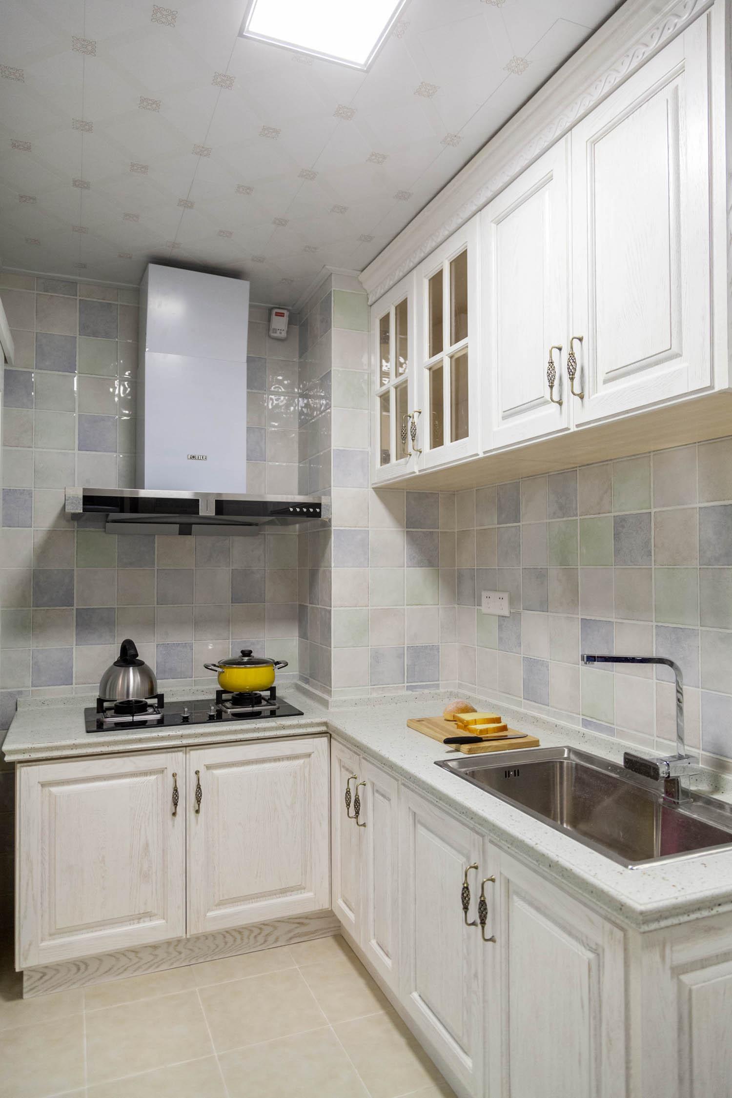 四房以上20万以上120平米2014厨房吊顶装修效果图