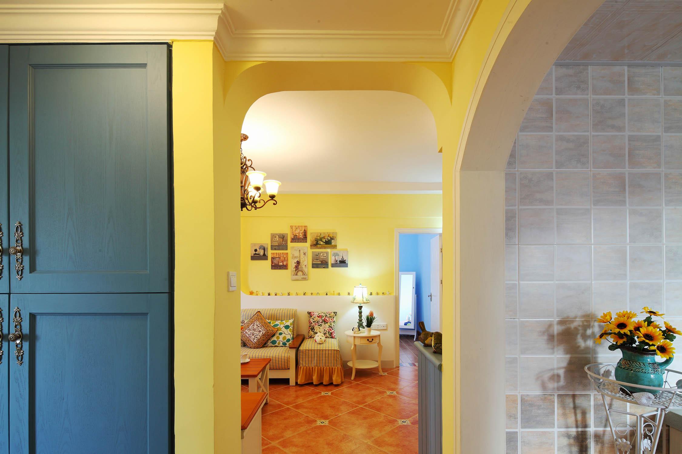 浪漫简欧 别墅客厅拱形隔断设计_齐家网装修效果图