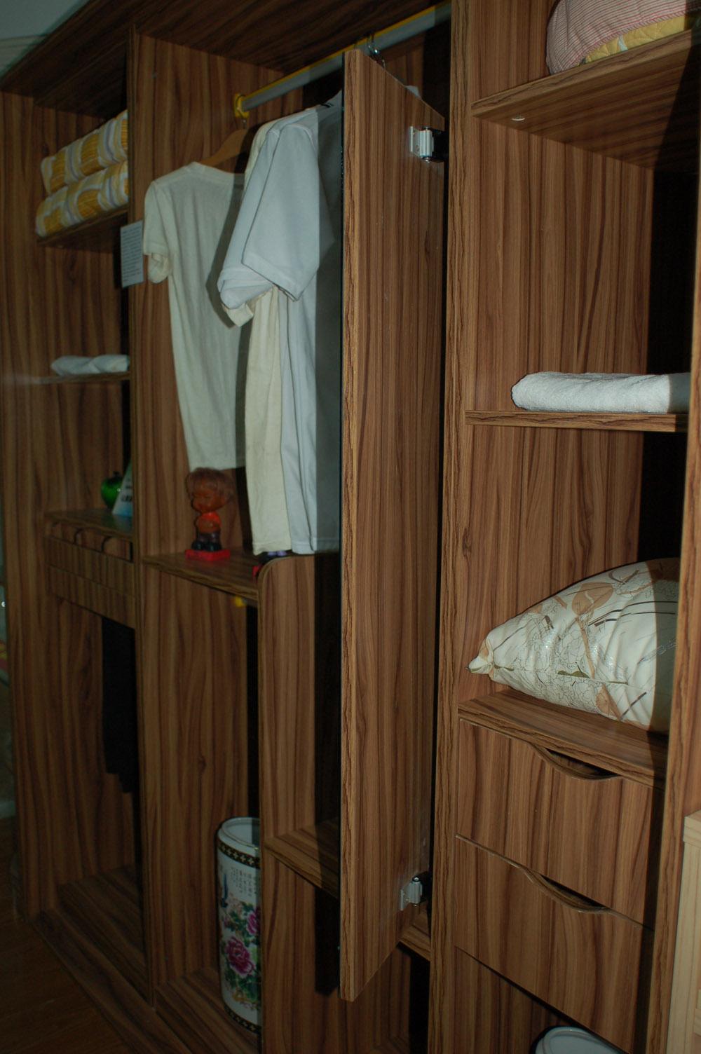 高升翔特衣柜 衣橱 杉木板 定制家具