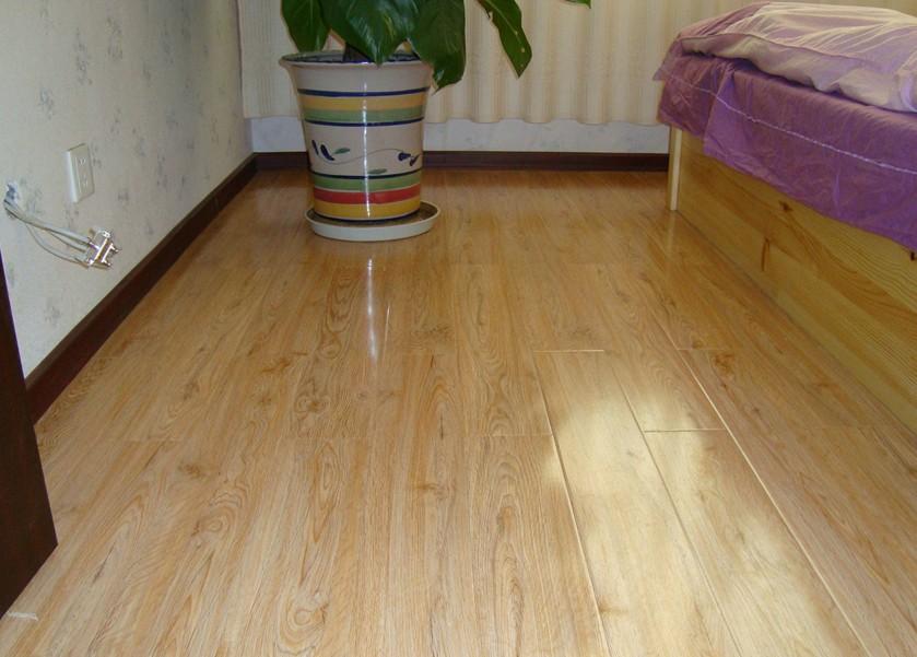 橡木(实木地板)【图片