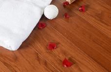 永顺地板 实木复合地板 橡木拉丝910*120-130*15