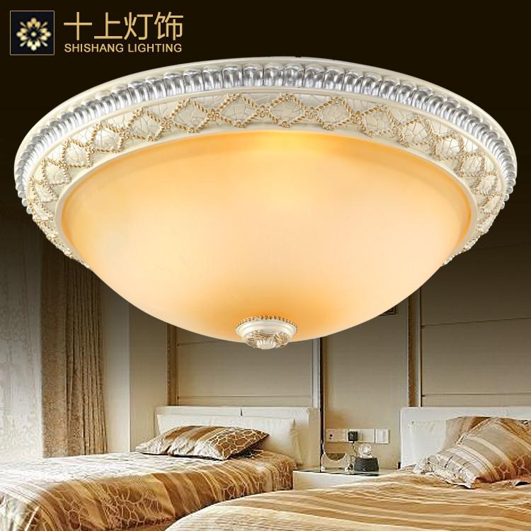 十上灯饰 玻璃树脂欧式镂空雕花白炽灯节能灯led 米黄金吸顶灯
