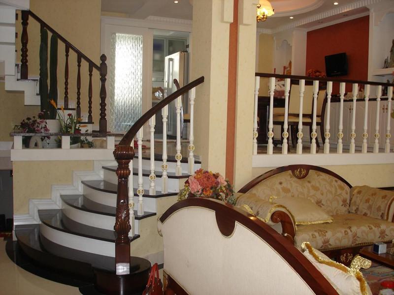 康辉 美国红橡榉木橡胶木折叠梯 榉木楼梯楼梯