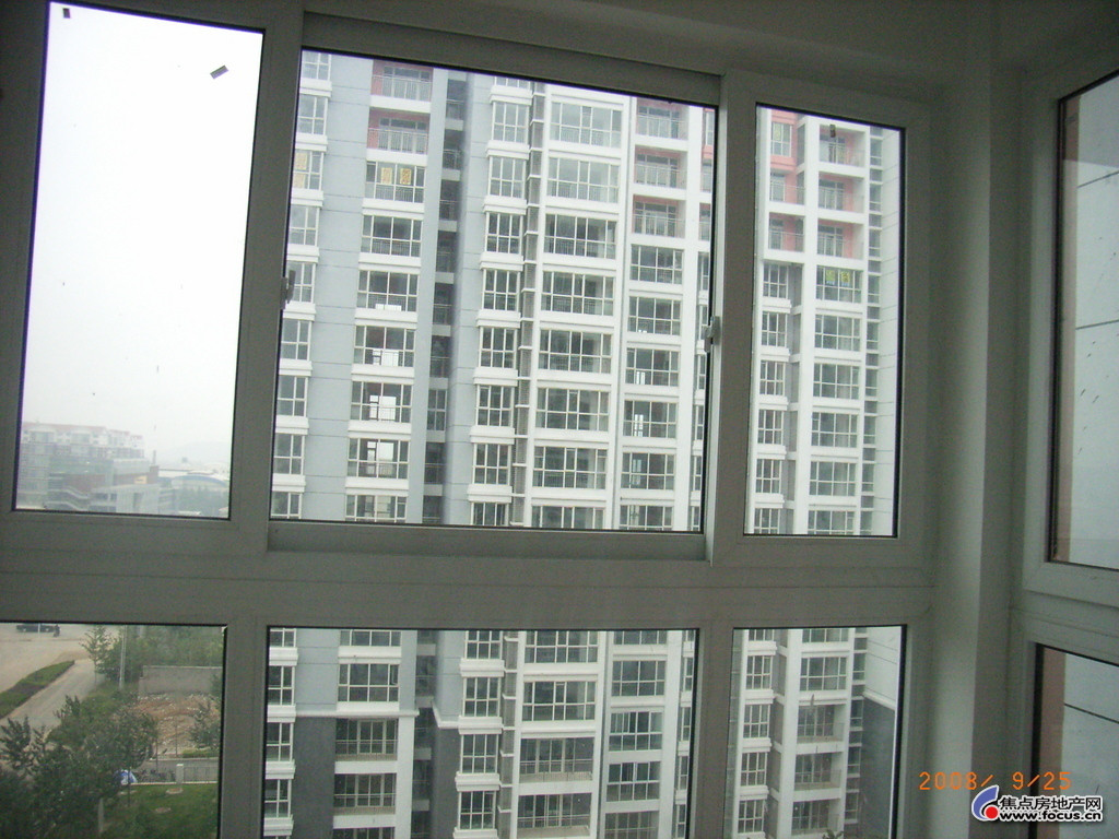 栋梁 铝合金中空玻璃 中财塑钢窗