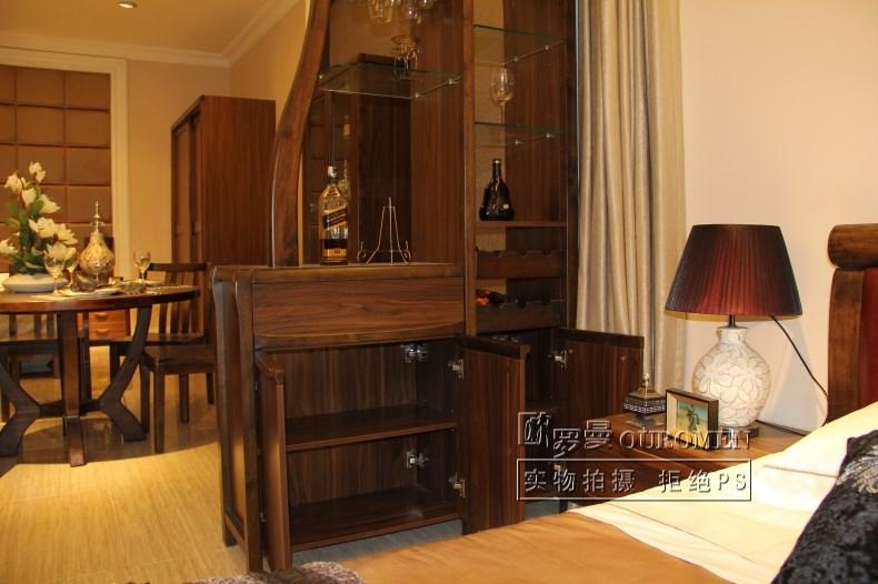 欧罗曼 乌金黑胡桃玄关柜酒柜门厅框架结构橡胶木现代