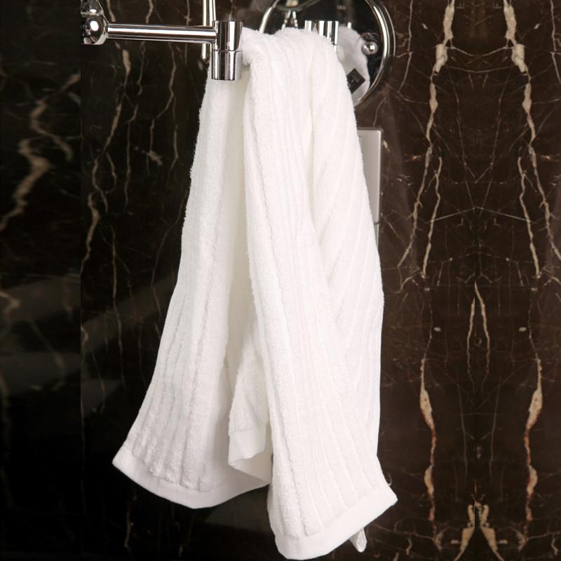 松树林白色浅黄色浅蓝色纯棉-面巾百搭型毛巾