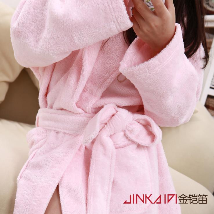 金铠笛儿童竹纤维割绒小熊浴袍
