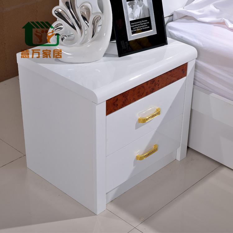 意万家居 白色人造板密度板/纤维板箱框结构储藏成人欧式 床头柜