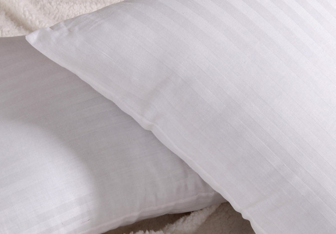 卓资 纯白色十孔枕涤棉纤维枕长方形 枕头