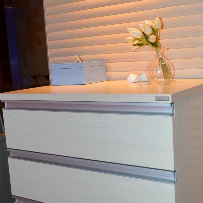 索菲亚 人造板密度板/纤维板箱框结构推拉成人简约现代 四斗柜斗柜