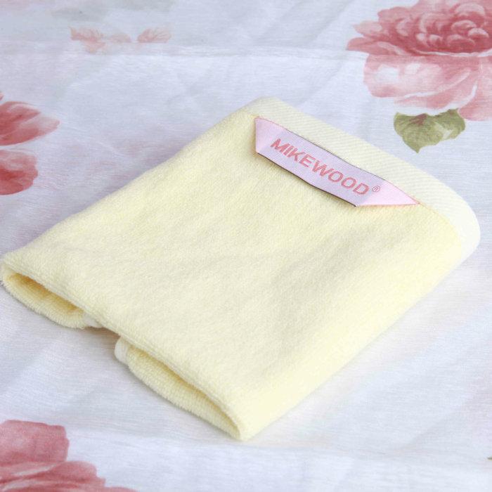 邁克美林 奶黃 MF-K方巾