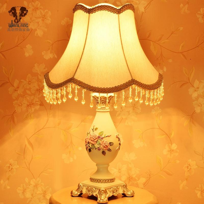布树脂欧式台灯