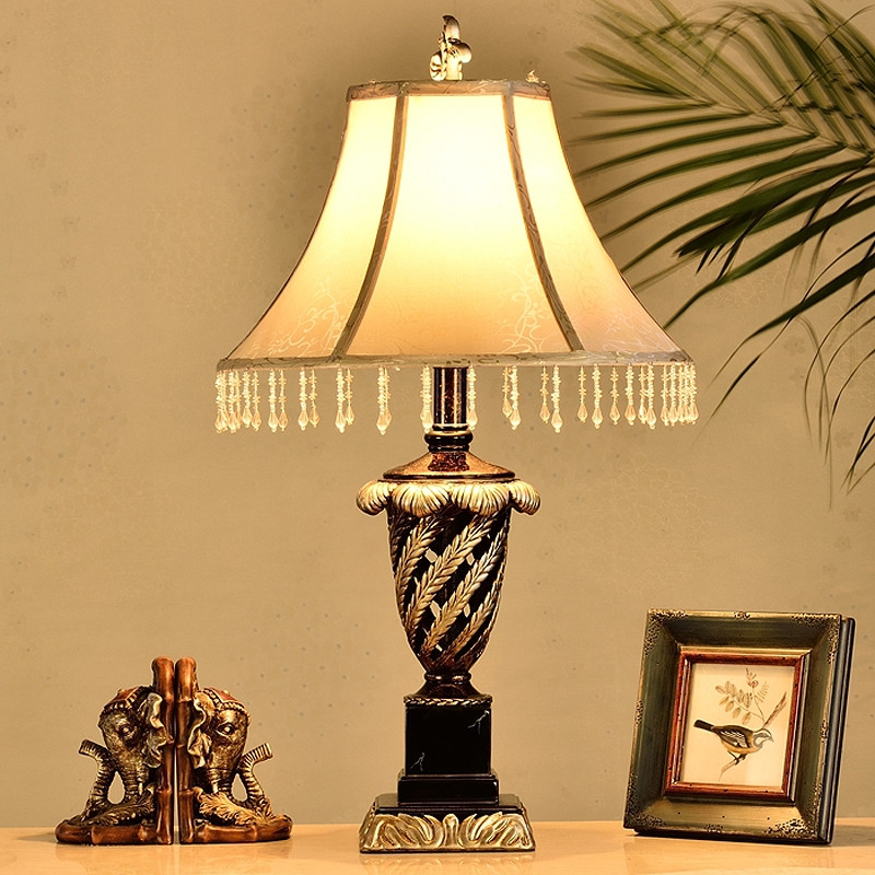 wanlang 布树脂欧式镂空雕花白炽灯 ck5542台灯