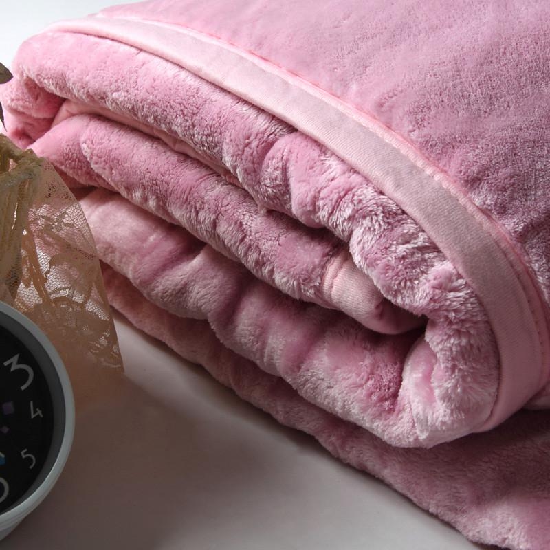 玛克优等品冬季纯色毛毯