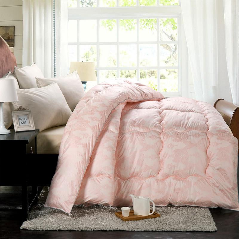 曼妃米黄粉色绗缝超细纤维冬季磨毛化纤被子