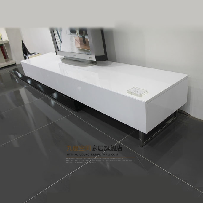 九度空间人造板烤漆密度板纤维板木框架结构伸缩抽象图案成人简约现代电视柜