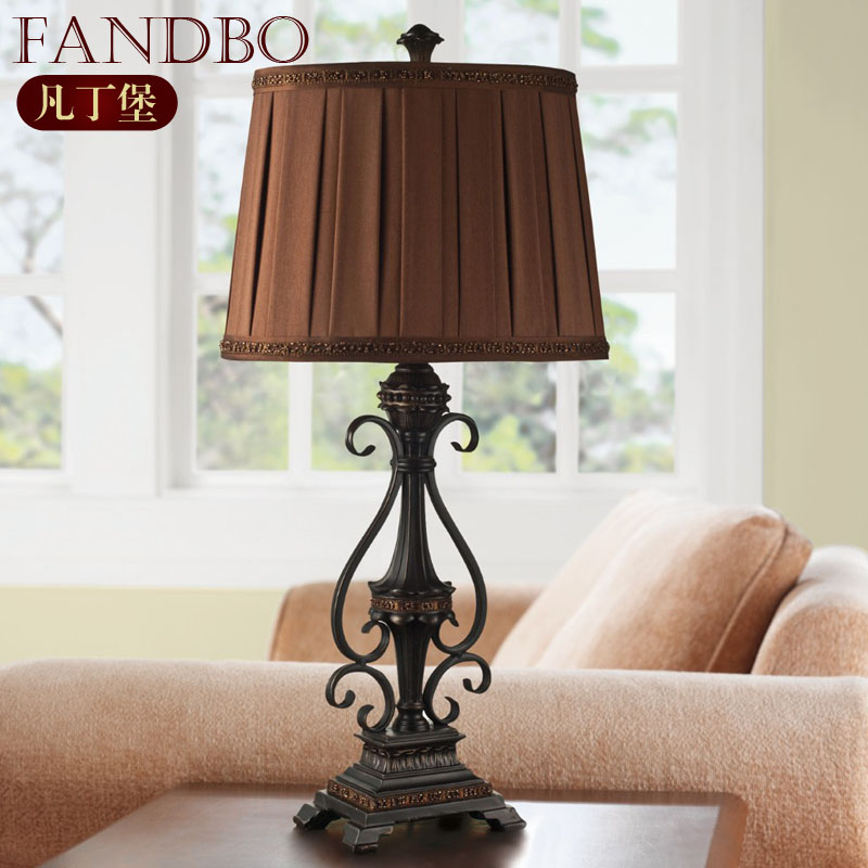 凡丁堡褐色布铁欧式喷漆磨砂白炽灯节能灯台灯