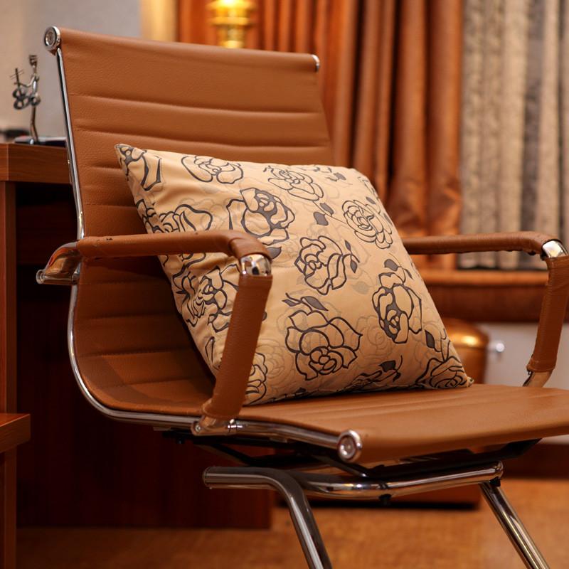 莱之布艺 玫瑰物语毛绒靠垫PP棉植物花卉简约现代 靠垫