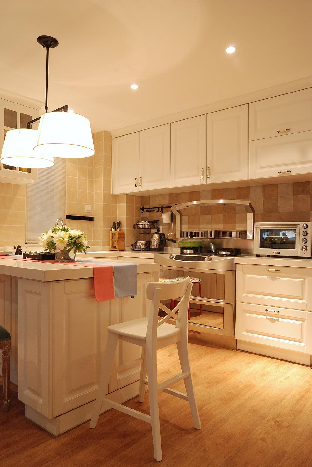 140平復式三居室裝修廚房設計圖