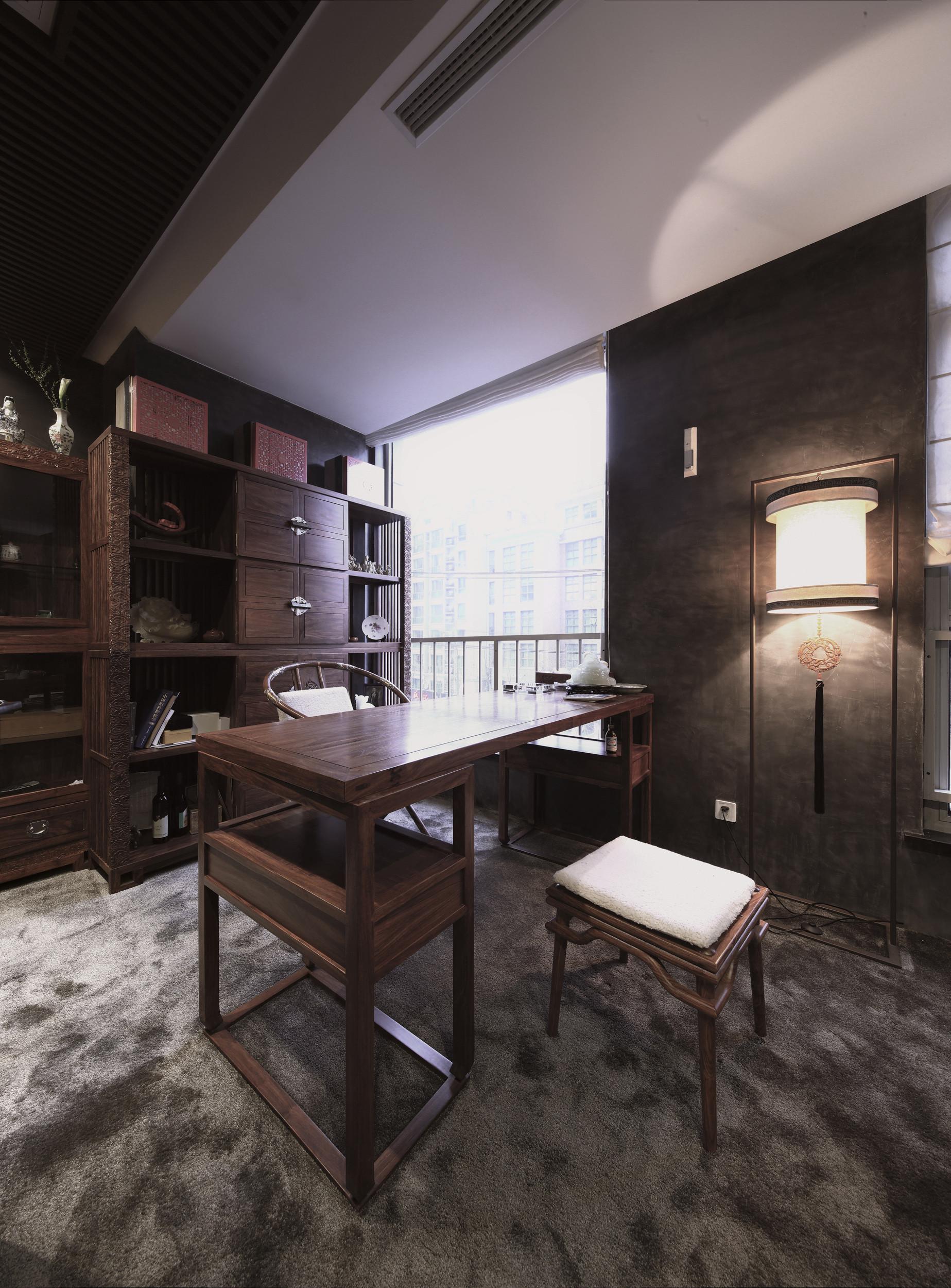 书房吊顶书桌效果图