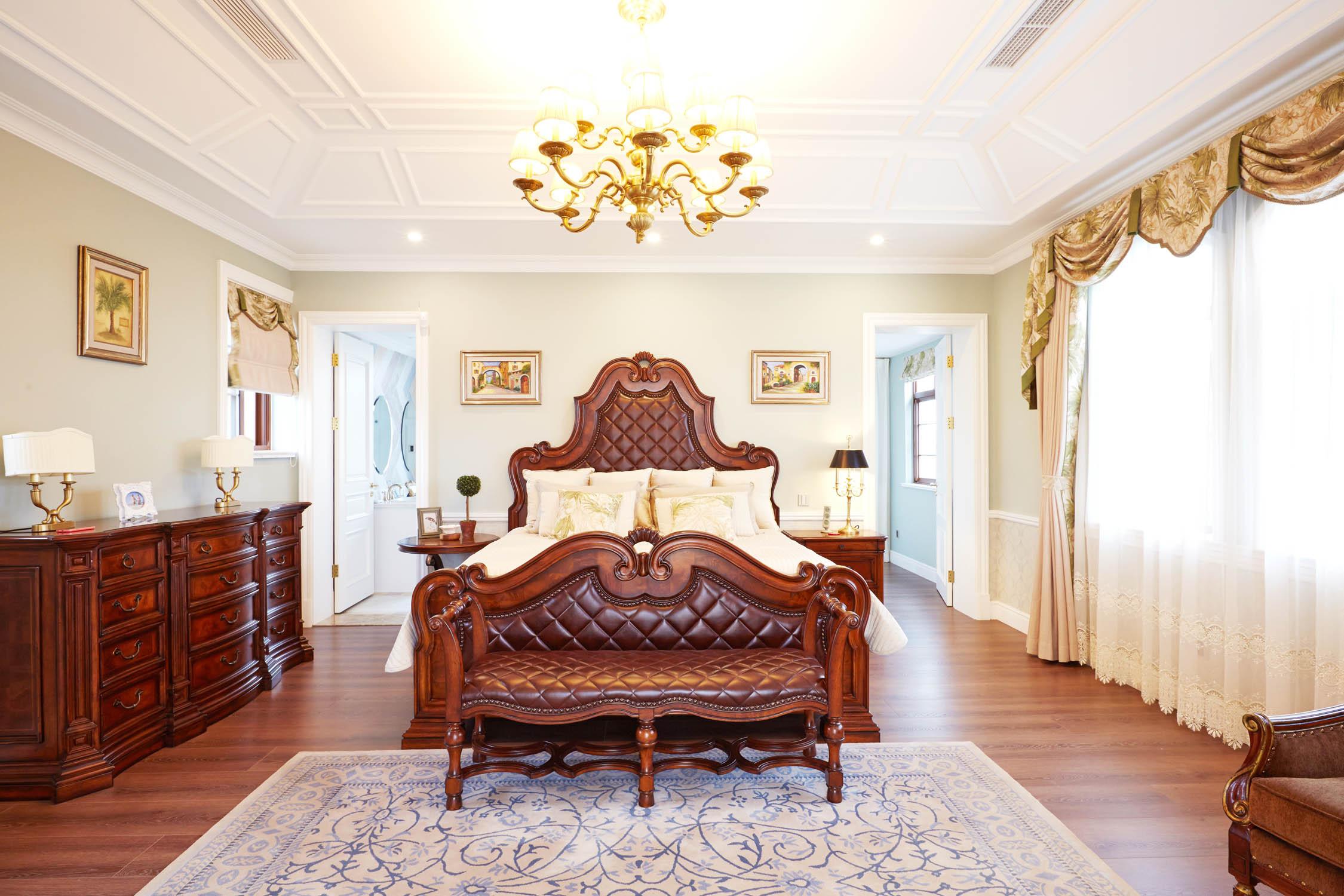 现代美式风格三层连体别墅实用卧室白色欧式装修效果图