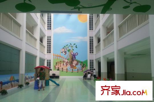 浪琴湾小区内部潍坊市机关幼儿园