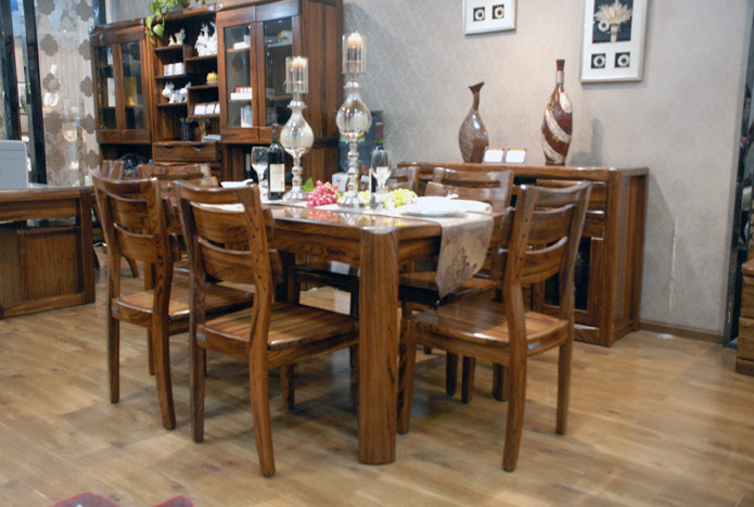 7810餐桌