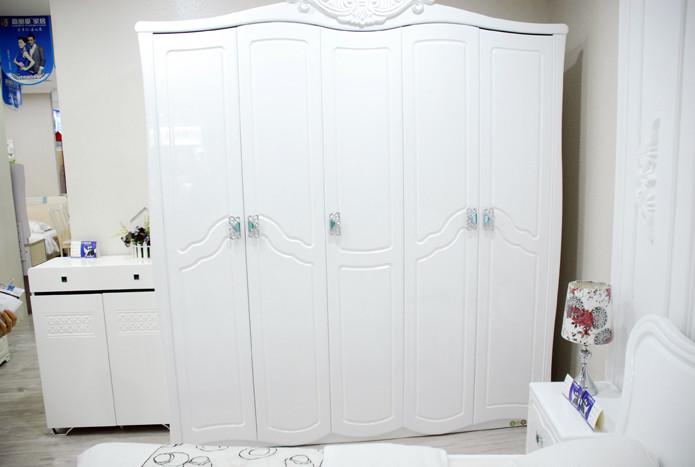 F02白衣柜