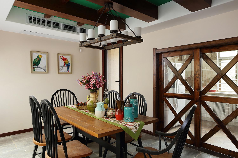 装修效果图 家居美图 简约田园家居餐厅个性圆拱形隔断设计图  收藏