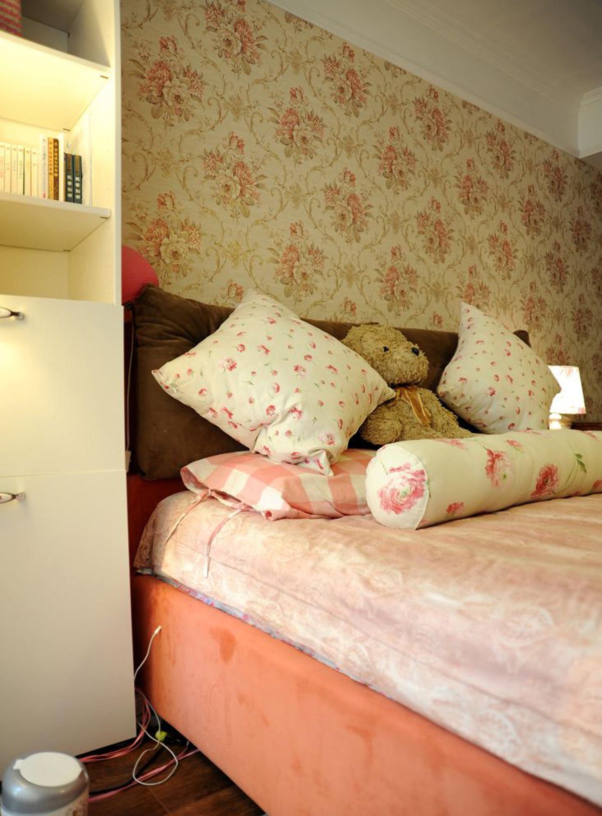 时尚现代简约风格卧室床头书架设计效果图