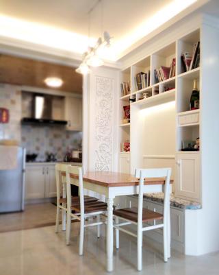 二居室混搭风格装修餐厅设计图
