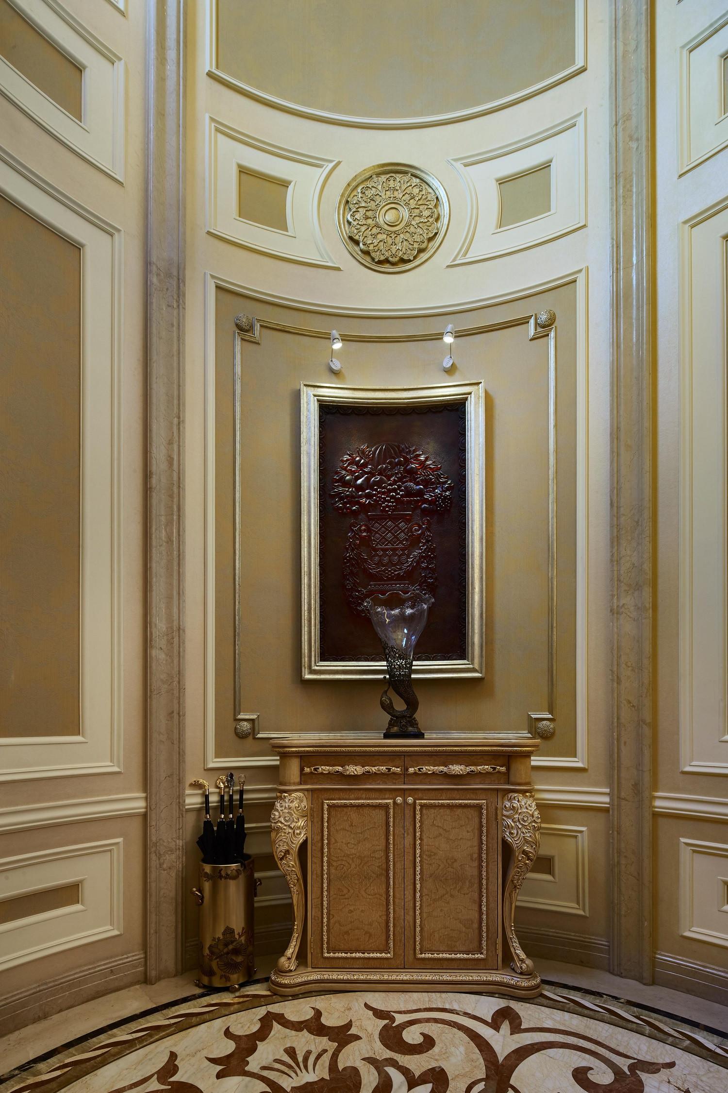 欧式风格别墅装修玄关设计图