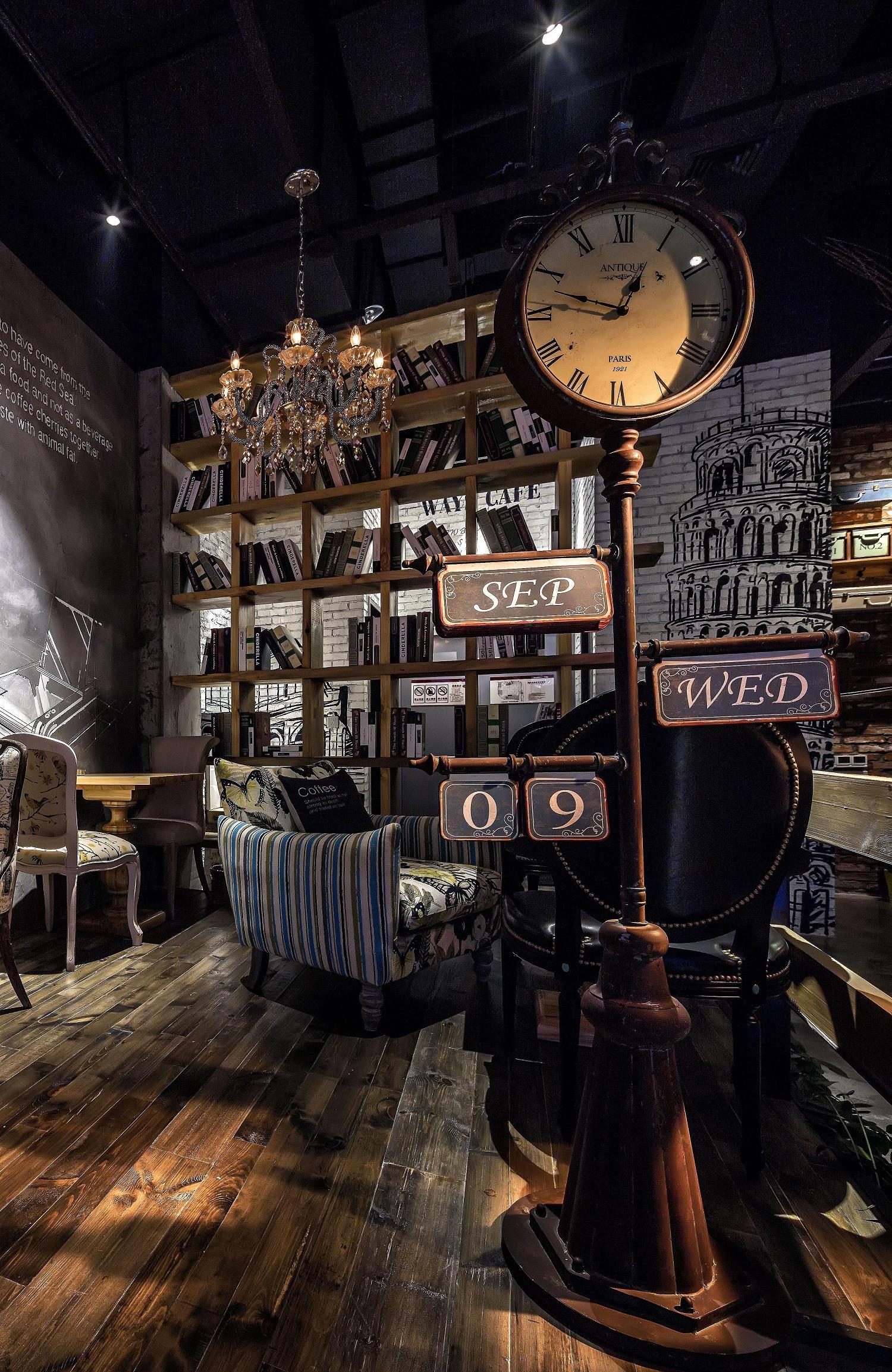神秘复古咖啡厅装修书架图片