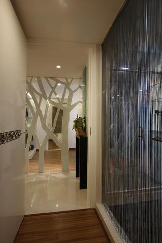 三居室混搭之家树形隔断设计