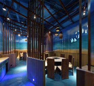 个性化艺术餐厅包厢设计
