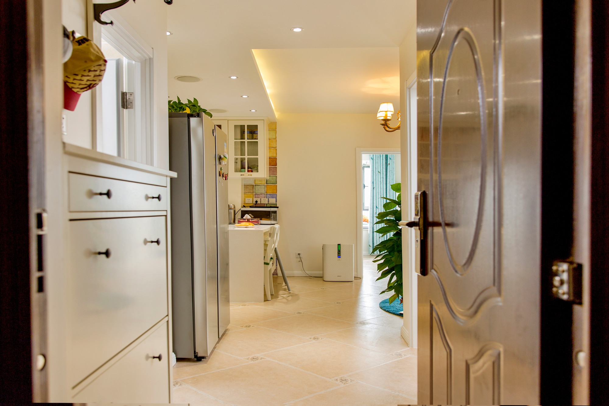 二居室现代美式家玄关设计