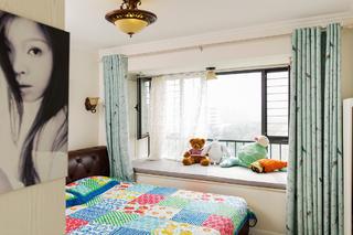 二居室现代美式家飘窗图片