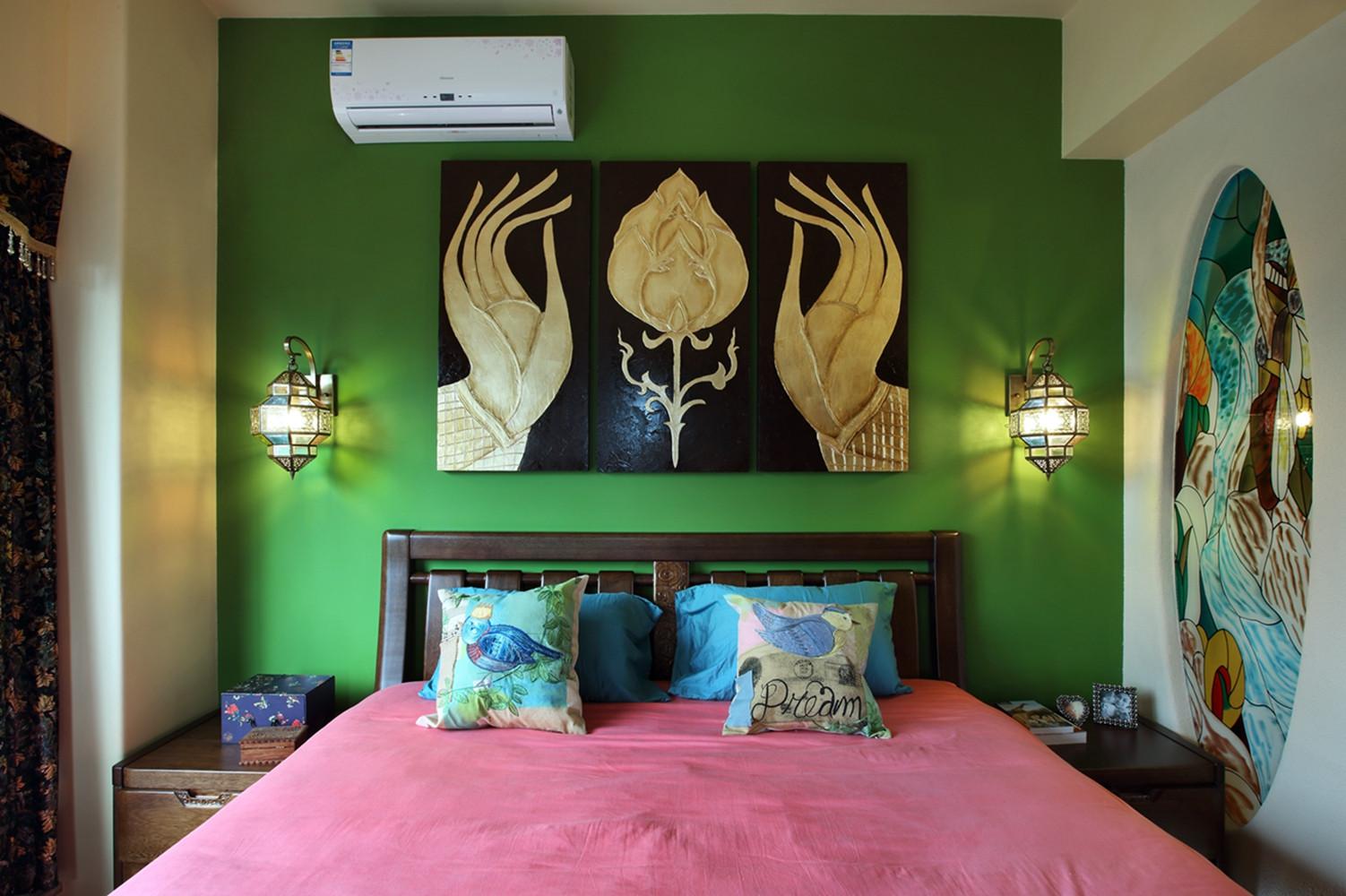 小户型东南亚风格装修卧室设计图