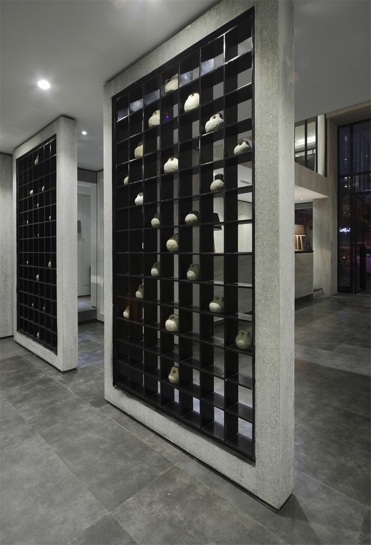 造型室装修门厅镂空隔断设计
