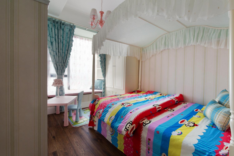 127平时尚都市风格家儿童房布局图