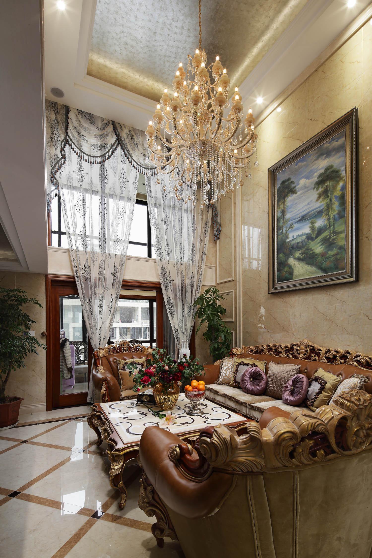 豪华欧式别墅装修沙发背景墙图片