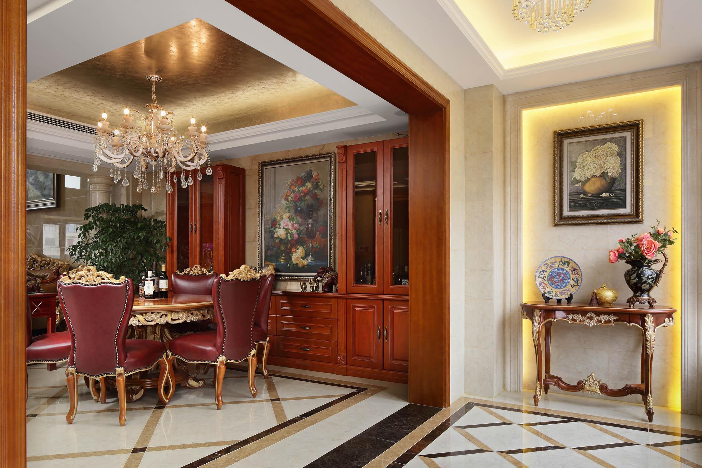 豪华欧式别墅装修玄关设计