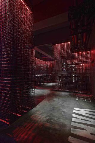 酒吧餐饮空间装修餐厅区设计图