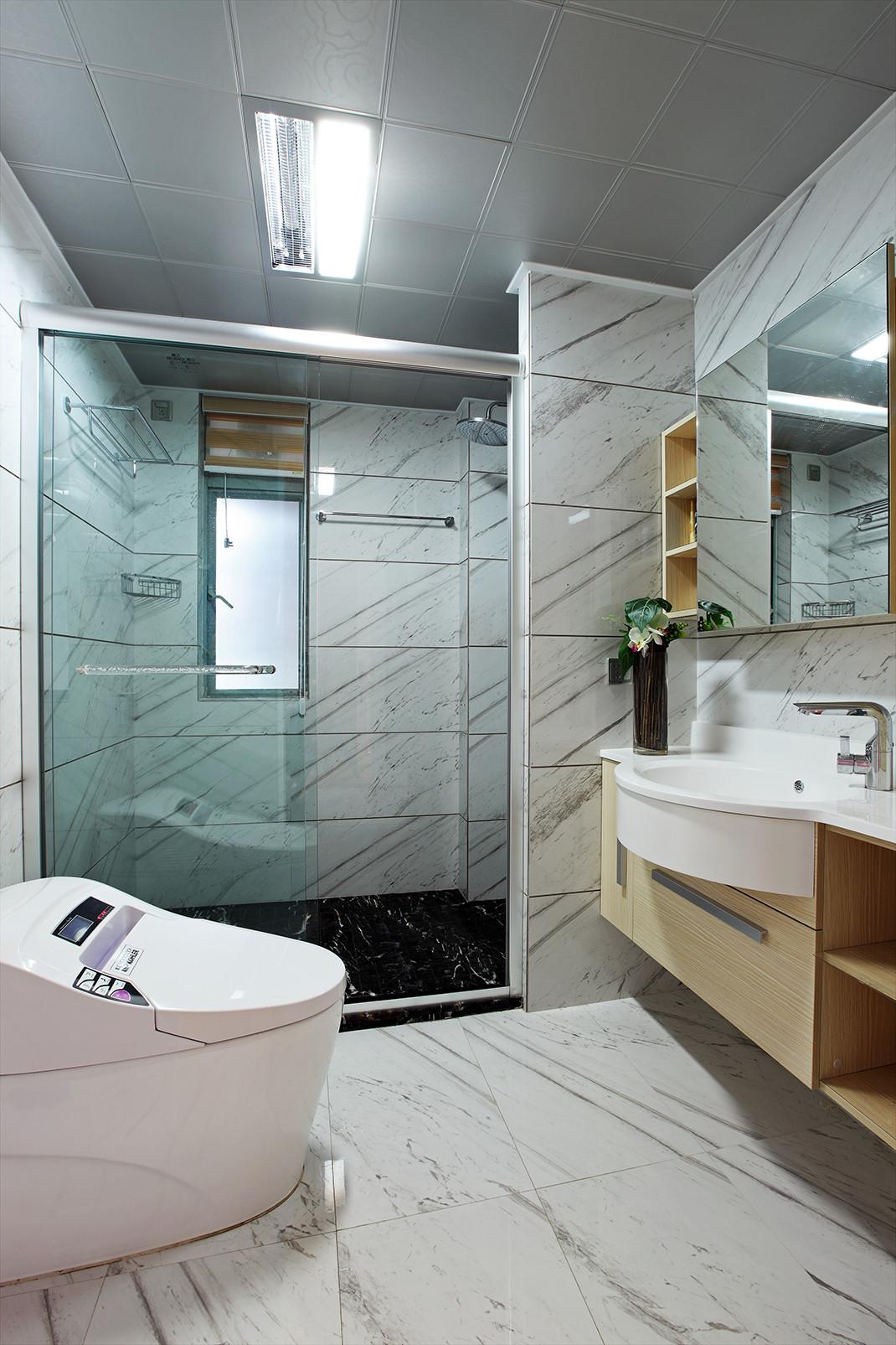 现代都市风格之家卫生间设计图