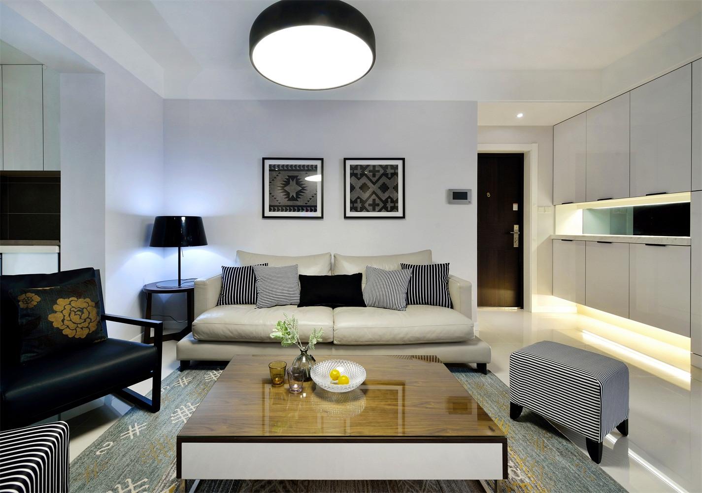 138平现代简约装修沙发背景墙图片