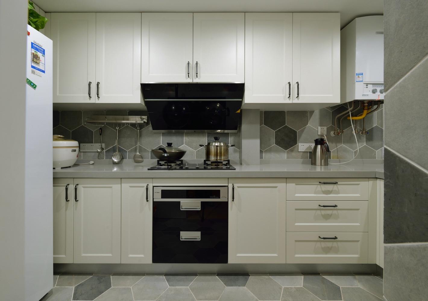 90平美式装修厨房布置图