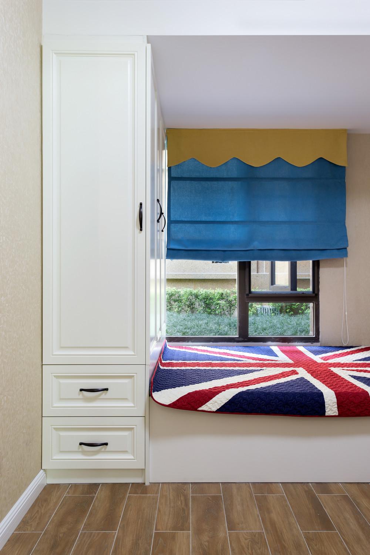 120平美式风格装修卧室榻榻米设计