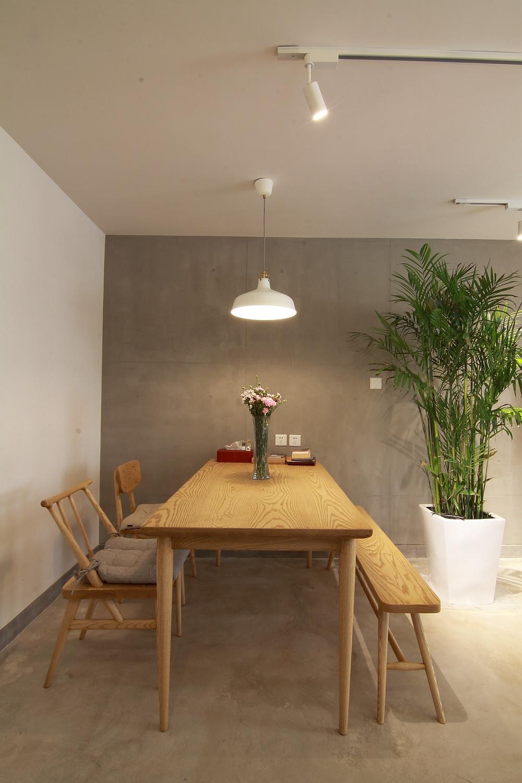 日式风格二居餐厅布置图